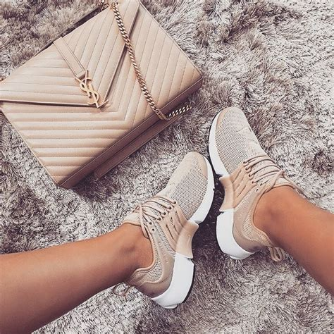 best style shoes best 25 sneakers fashion ideas on shoes