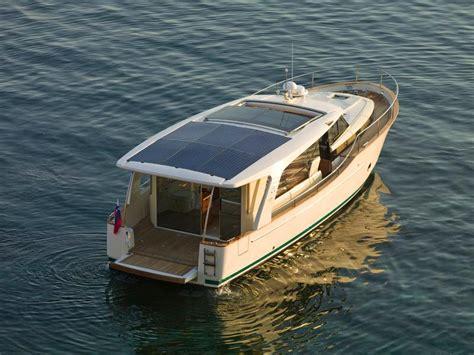 greenline boats 2012 used greenline 40 diesel hybrid cruiser boat for sale