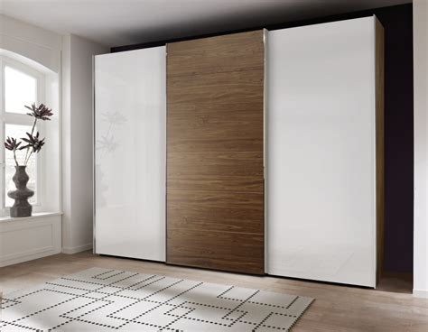 Sliding Wardrobe A Choice Of Modern Homes Bangaki Sliding Glass Door Wardrobes
