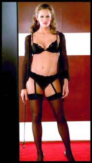 Sofa Cover Slips And Comics Jennifer Garner In Costumes