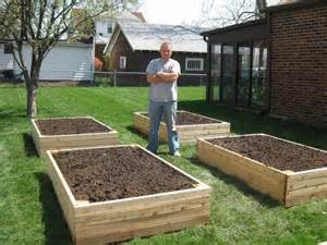 Vertical Vegetable Gardens - how to build a rudimentary raised planter bed 101 ways to survive