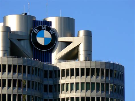 siege social bmw bmw posts record sales for february up 5 6 percent