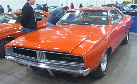 find chrysler careers career spotlight classic car restorer schools