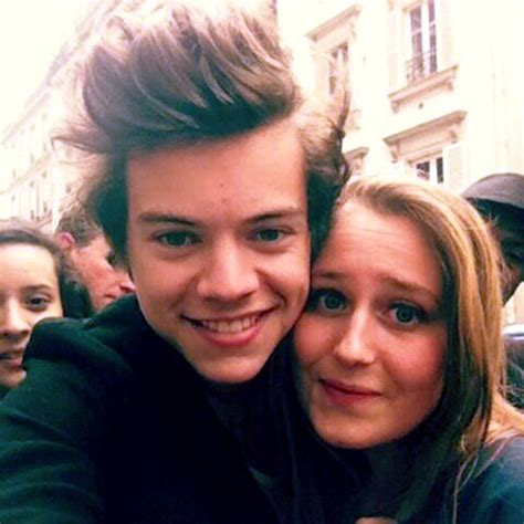 harry styles with fans harry styles photos harry styles pics 3461 of
