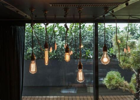 beleuchtung loft d 233 co loft industriel un studio en brique et bois 224