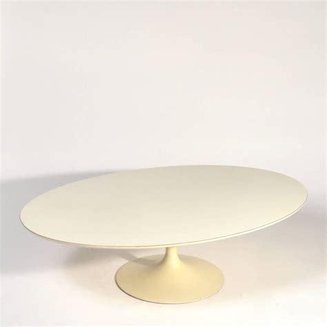 Early 54 Quot Eero Saarinen Tulip Table With Early Knoll Tulip Base Coffee Table By Eero Saarinen