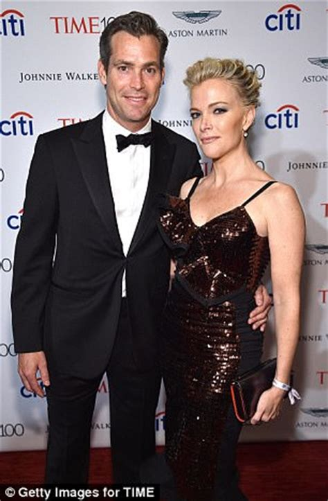 megyn kelly and douglas brunt the new york times megyn kelly sparkles as she hits the time 100 gala daily