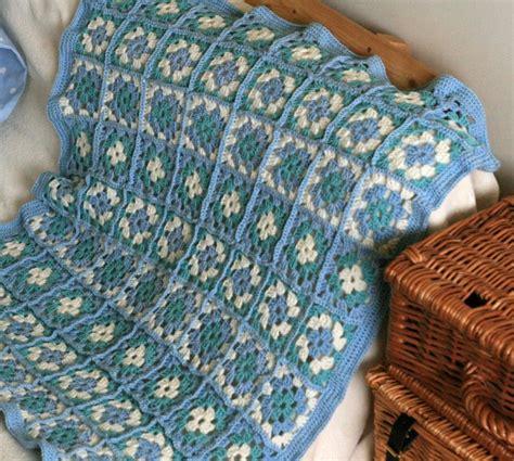 copertine culla uncinetto schemi schemi gratis di copertine per neonato all uncinetto la