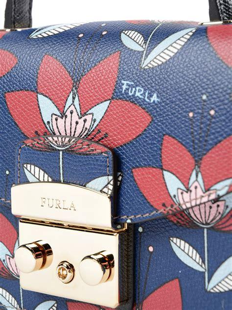 Furla Gardenia A metropolis mini gardenia print bag by furla cross bags ikrix