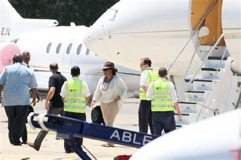 oprah winfrey jet oprah winfrey photos photos oprah winfrey arrives in