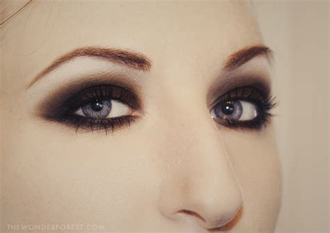 eyeshadow tutorial dark bold beautiful black smokey eyes makeup tutorial step by