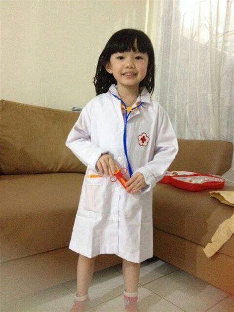 jual baju dokter anak kostum anak baju dokter jas lab yunita
