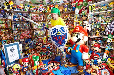 collecting the world the guinness world records celebrates largest collection of video game memorabilia metro news