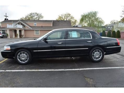 Car L by 2008 Lincoln Town Car Executive L Data Info And Specs
