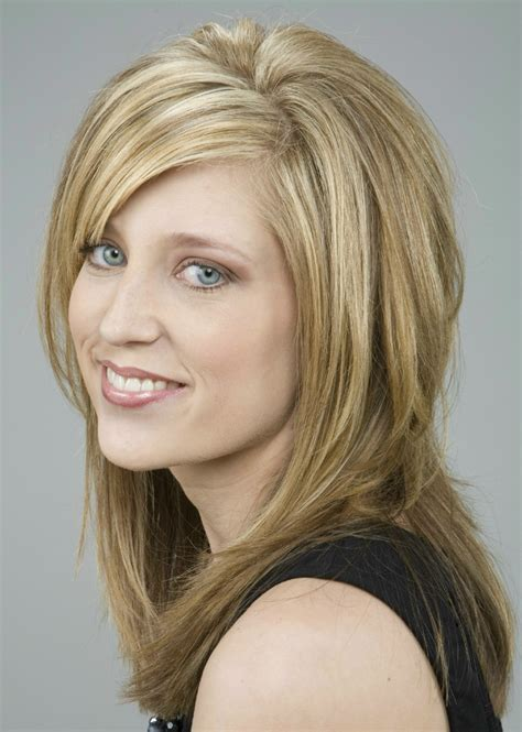 diangonal cut hair style file long blonde hair with highlights jpg wikimedia commons