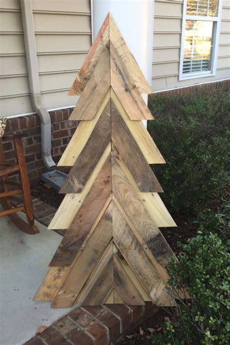 pallet christmas tree dimensions pallet tree by lynchwoodworking on etsy https www etsy listing 257019339 pallet