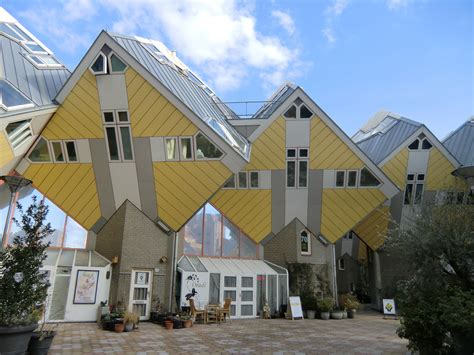 Kubisches Haus by Rotterdam Cube Houses Zwemmer Tauerov 225