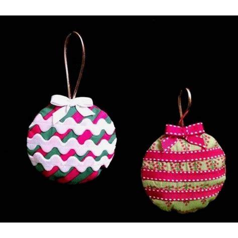 in the hoop christmas ornament nobbieneezkids