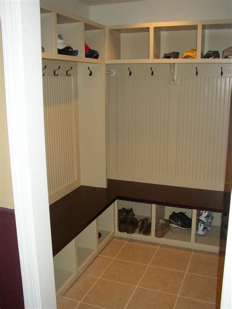 27 Best Ideas About Small Corner Mudroom On Pinterest