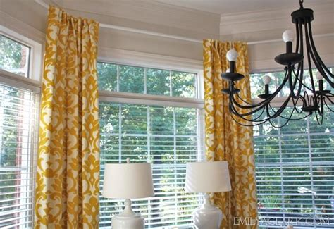 how to hang ikea curtains 24 best images about bay window ideas tips on pinterest