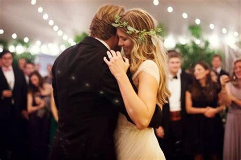 imagenes romanticas parejas bailando 191 c 243 mo elegir la canci 243 n del vals de los novios