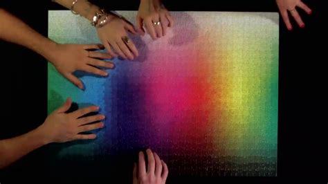 cmyk puzzle 5000 cmykカラースケールを1000ピースのパズルで完成させる clemens habicht colour