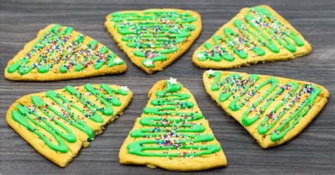 gingerbread christmas tree cookies a simple recipe