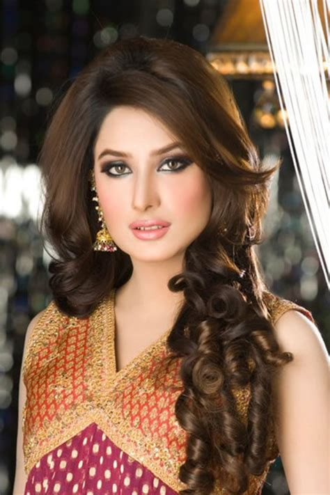 hairstyles for long hair pakistani pakistani actress hairstyle for long hair 2018 pictures photos