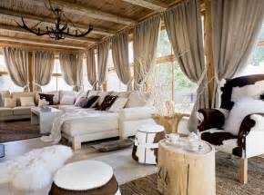 Cottage Home Interiors by Charming Cottage With Attention To Detail Decoholic
