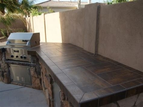 outdoor kitchen countertops ideas best 25 outdoor countertop ideas on pinterest