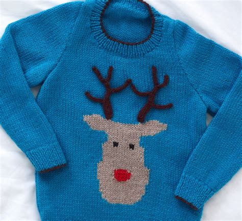 Knitting Pattern Christmas Jumper Reindeer | christmas reindeer jumper knitting pattern aztec sweater