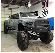 Mega Ram Runner  Big Bad Dodge 3500 6 Door Diesel Coureurs