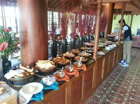 royal buffet prices buffet picture of royal crown hotel siem reap tripadvisor