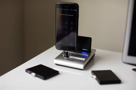 wireless charging station juiced group wireless charging station 187 gadget flow