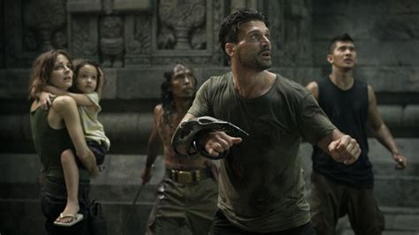 film iko uwais beyond skyline watch frank grillo and iko uwais in the new trailer for