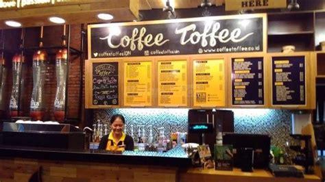 menikmati hangatnya suasana dan kopi indonesia khas coffee