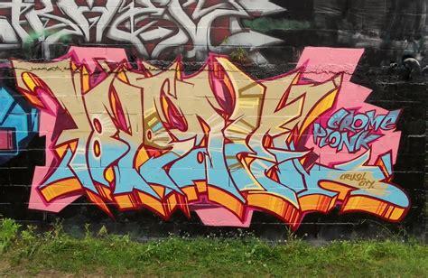 vous  vous brisbane graffiti early