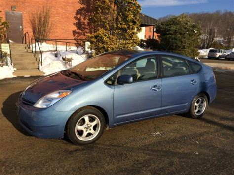 2005 toyota prius gas mileage purchase used 2005 toyota prius electric hybrid up to 60