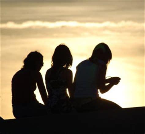 imagenes para amigas que se alejan las mejores frases de amigos que se alejan por un viaje