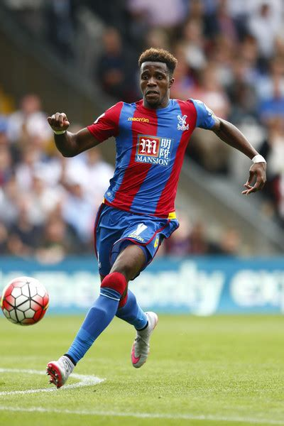 arsenal zaha wilfried zaha photos photos crystal palace v arsenal