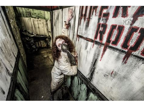 Midnight Terror Haunted House by Midnight Terror In Oak Lawn Returns With The Dread