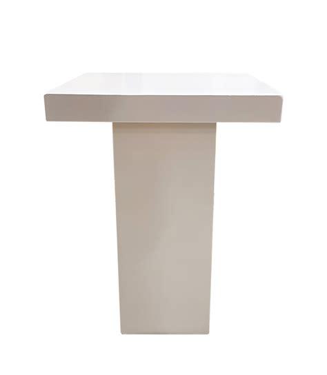 tafels en stoelen huren maastricht verhuur statafel zuil wit te huur zuid limburg deguelle