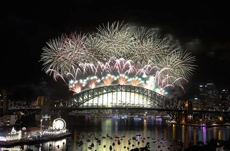 new year celebrations melbourne 2018 and sydney compete for best new year s 2016