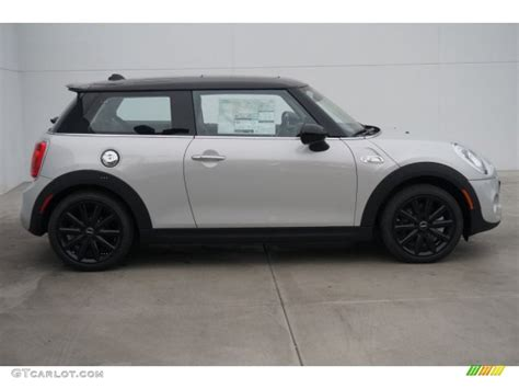 Mini Silver 2015 white silver metallic mini cooper s hardtop 2 door 99138043 photo 2 gtcarlot car