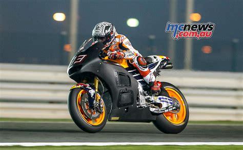 motogp test five crashes for marc marquez at qatar motogp test