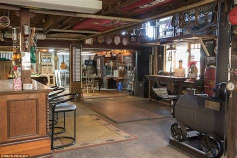 swing over the bar inside the best man caves from around australia daily