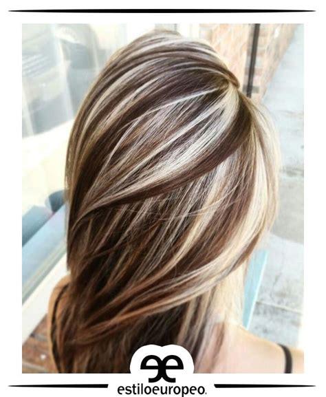 cabello corto con mechas y luces as lo usan las famosas las 25 mejores ideas sobre mechas platinadas en pinterest