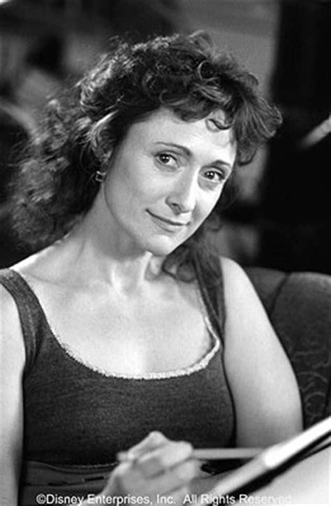 Helen Thermopolis | Princess Diaries Wiki | FANDOM powered