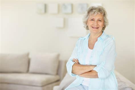 imagenes mujeres años 60 salud qu 233 vigilar entre los 60 70 a 241 os