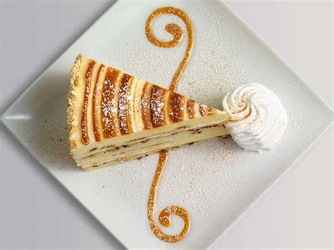 cinnabon cinnamon swirl cheesecake  cheesecake factory